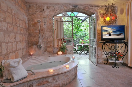 Pina Balev: The Honeymoon suite - the view to the garden