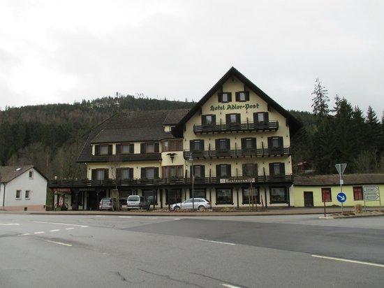 Hotel Adler-Post Obertal: Hotel front