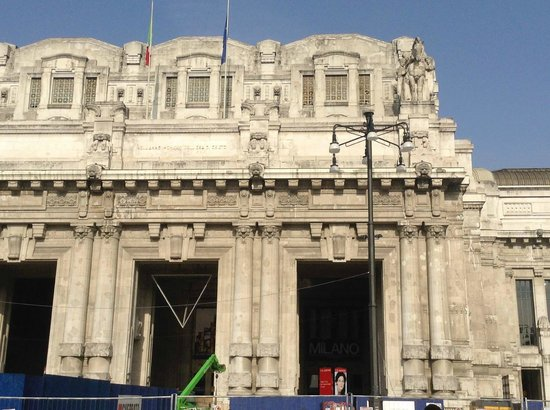 Milano Centrale : Front entrance