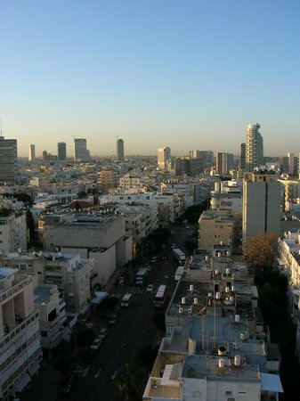 Deborah Hotel: Tel-Aviv view from room window