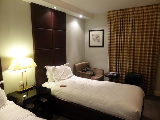 Millennium & Copthorne Hotels at Chelsea Football Club: ツインルーム