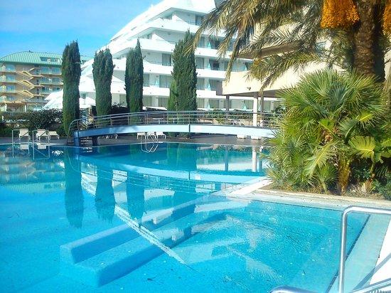 Aqua Hotel Onabrava & Spa : piscina
