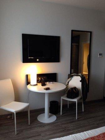 NH Madrid Suecia: Habitación 2