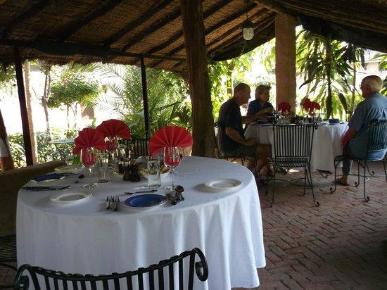 Ahilya Fort: lunch