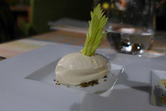 Coast Restaurant & Weinbar: Sellerie-Eis