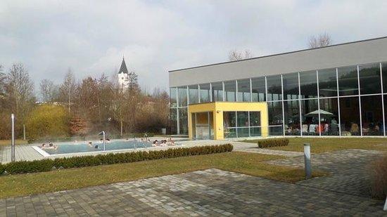 Bad Zell, Austria: Außenbecken mit Sprudelbank
