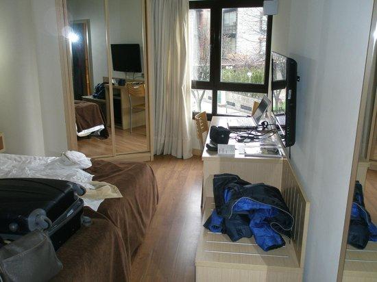 Hotel Codina: habitacion