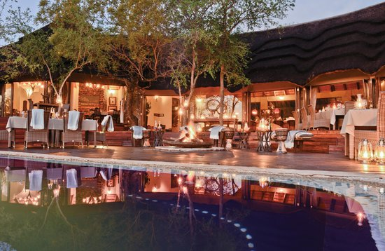 Madikwe Hills Private Game Lodge: Dinner on the main deck