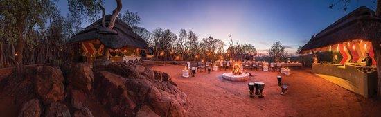 Madikwe Game Reserve, جنوب أفريقيا: Boma (outside dining venue)