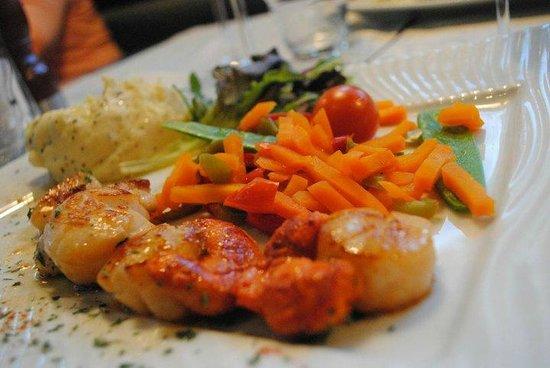 Un des plats picture of l 39 ecailler port en bessin - Restaurant l ecailler port en bessin ...