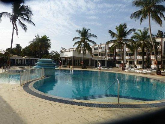 Beach sunbathing picture of laico atlantic banjul for Pool and spa show atlantic city 2016