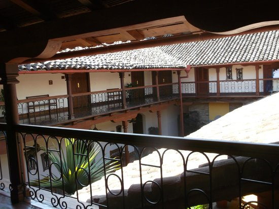 Hotel Plaza Colon : view to other rooms