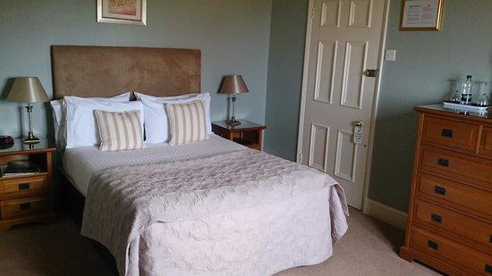 Carlton House: Bed room 12