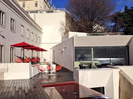 Memmo Alfama Hotel: Terrace area