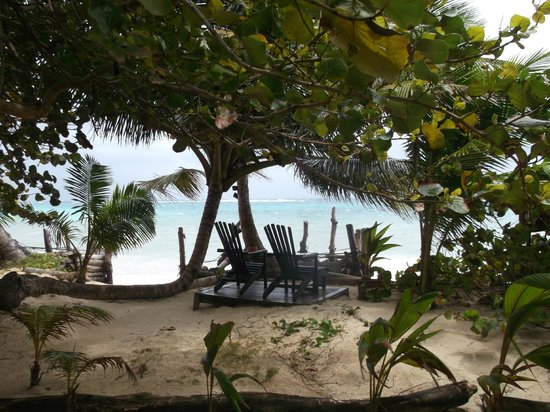 Little Corn Beach and Bungalow: quiet areas to relax