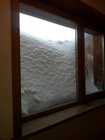 Hotel Il Fraitevino: finestra corridoio