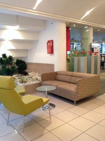 Hotel Novotel Annecy Centre Atria : Lobby 2