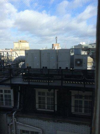 Le Meridien Piccadilly: 最上階ジュニアスイートからの眺め