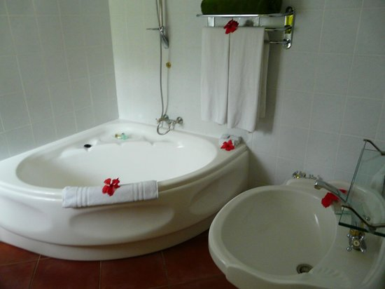 L'Habitation Hotel : salle de bain