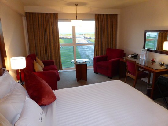 DoubleTree by Hilton Aberdeen City Centre: Platinum club room