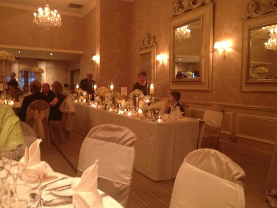 Rowton Hall Hotel: Wedding Breakfast