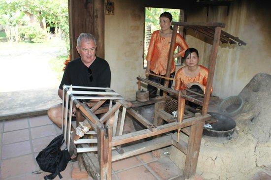 Hoi An Silk Village: having a go