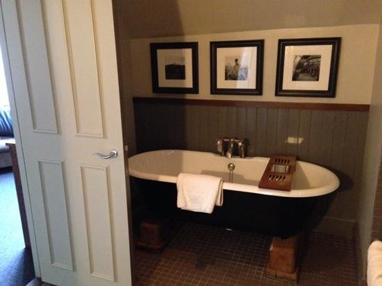 Hotel du Vin & Bistro: Our beautiful bathroom!