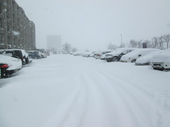 Holiday Inn Toronto Airport East : Lots of Snowy Parking