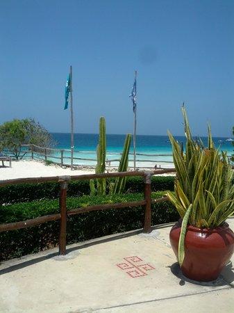 Sunset Beach Resort Zanzibar: zona prendisole