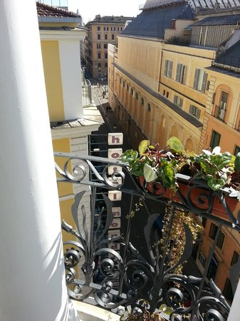 Dharma Hotel & Luxury Suites : View from the balcony