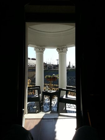 Dharma Hotel & Luxury Suites : View from room out through doors onto balcony
