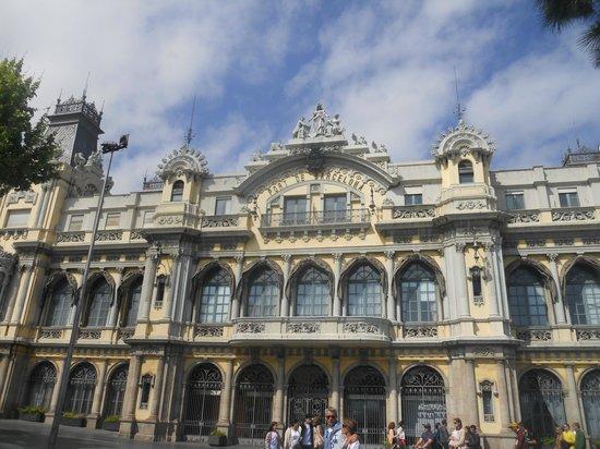 H10 Marina Barcelona Hotel: ville
