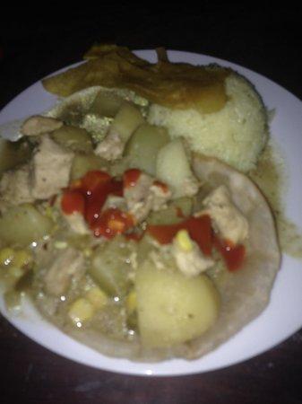 Casa De Olas: Curry Night !