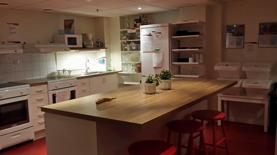 STF/IYHF Gardet: Kitchen