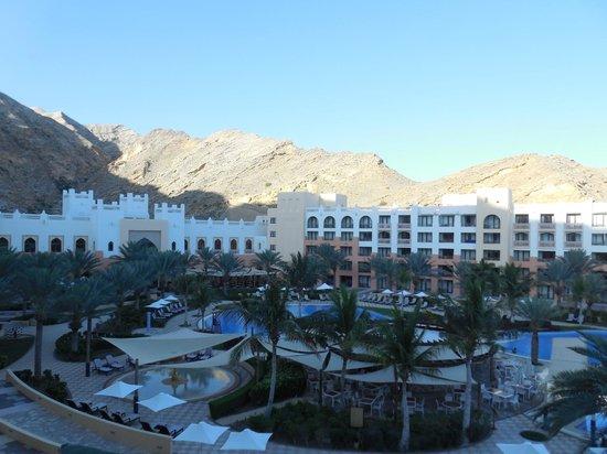 Shangri La Barr Al Jissah Resort & Spa-Al Waha: Le matin se lève sur le complexe