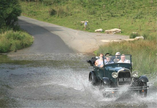 Vintage Adventure Tours: Playing in the water at Tissington