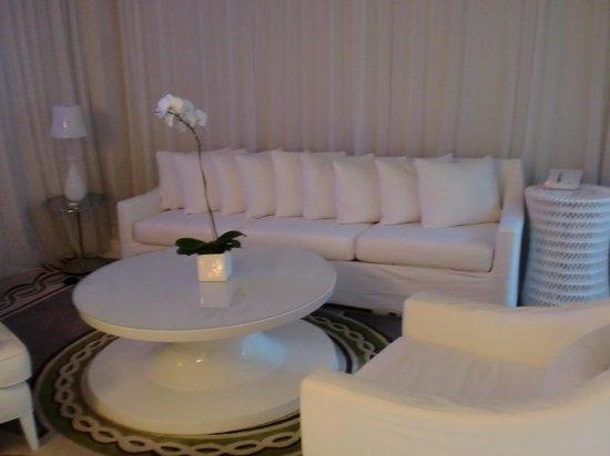 Delano South Beach Hotel: White on White Miami Chic