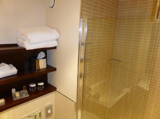 Hilton Garden Inn Aberdeen City Centre : King room