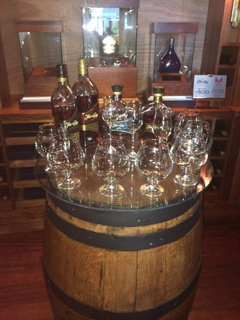 Mukul Beach Golf & Spa: rum tasting