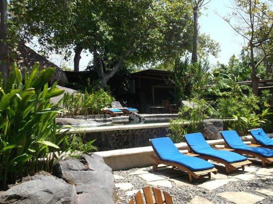 Jicaro Island Ecolodge Granada: pool area