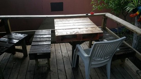 Zaco's Tacos: Bottom deck seating