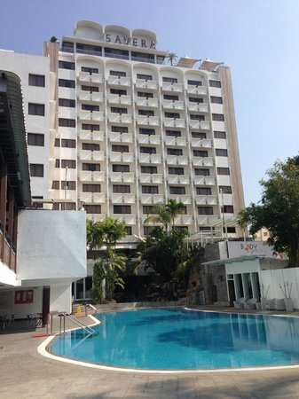 Savera Hotel: Pool