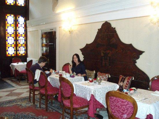 Hotel Palazzo Abadessa : Breakfast
