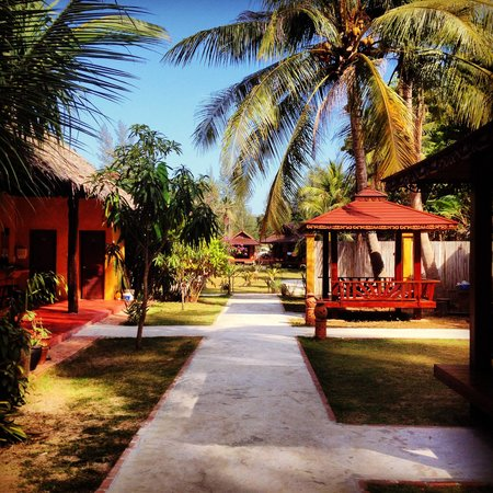 Lanta Pearl Beach Resort: Bungalows