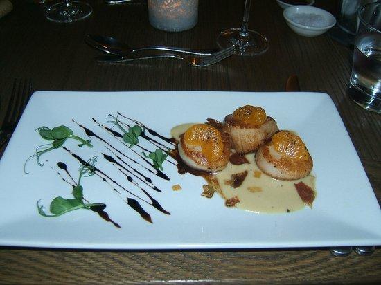 The Norfolk Mead Hotel: Delicious scallop starter