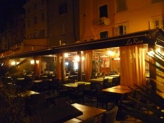 La Riva: Restaurant exterior