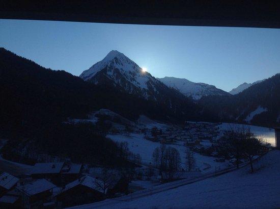 n Apartments Hotel: Sonnenaufgang