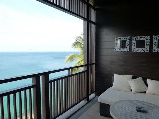 Pullman Phuket Arcadia Naithon Beach : Ocean room balcony