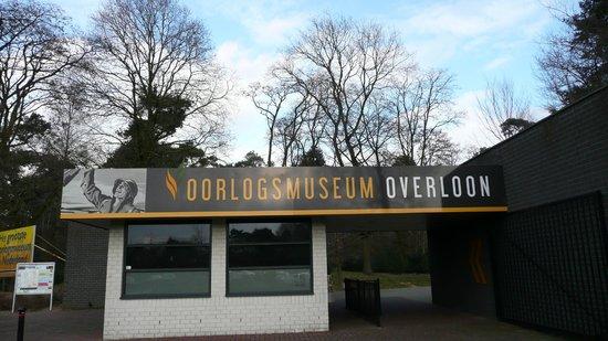 Overloon War Museum: Entrance