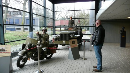 Overloon War Museum: Inside the Museum (1)